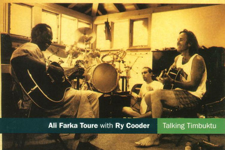 Ali Farka Touré et Ry Cooder sur la pochette de l'album