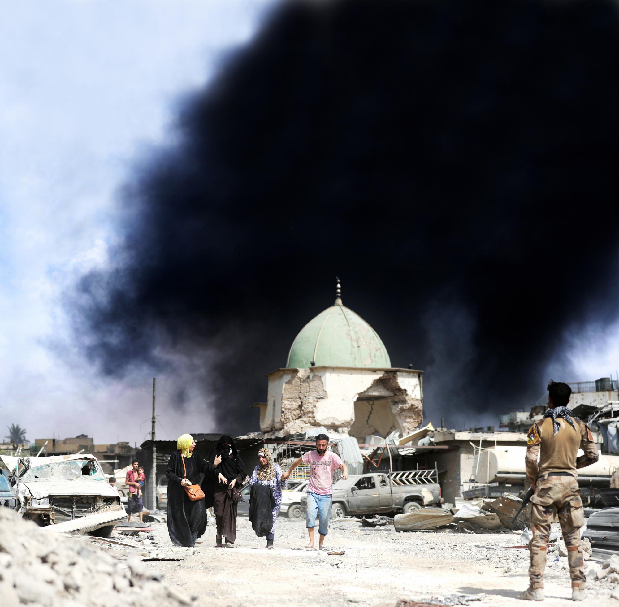 Près de la mosquée Al-Nouri, derniers combats de l'armée irakienne pour reprendre Mossoul-Ouest, le 2juillet.