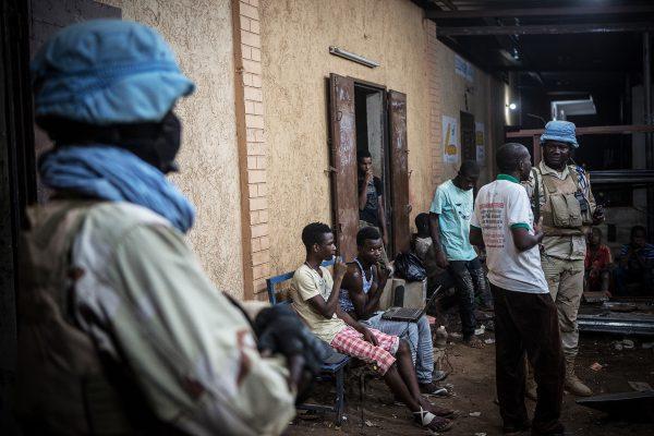 Des militaires sénégalais de la Minusma, dans les rues de Gao, au Mali.