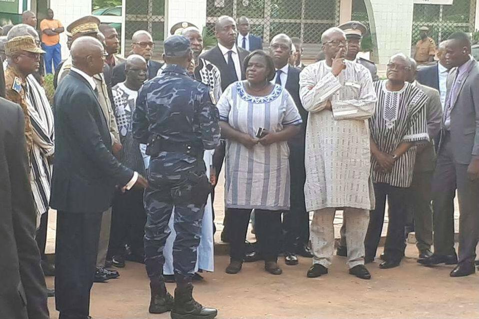 Le président malien Ibrahim Boubacar Keïta en visite à Ouagadougou le 15 août après l'attentat contre le café-restaurant  Aziz Istanbul. Ici en compagnie du président Roch Marc Christian Kaboré.