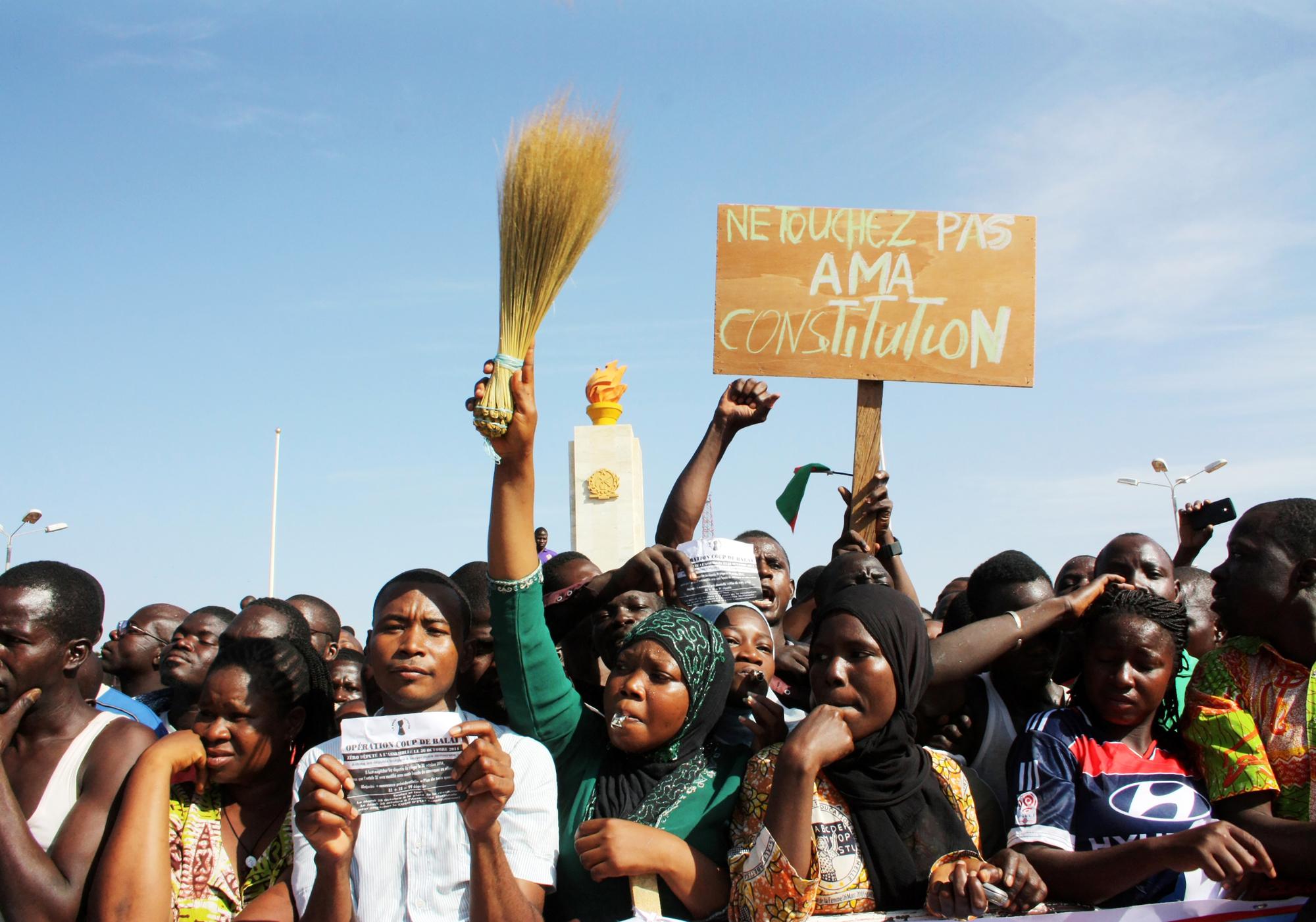 Manifestation à Ouagadougou, le 28octobre 2014, pour dénoncer le projet de révision constitutionnelle.