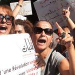 Une manifestation de soutien à une jeune fille violée par la police en Tunisie, le 2 octobre 2012.