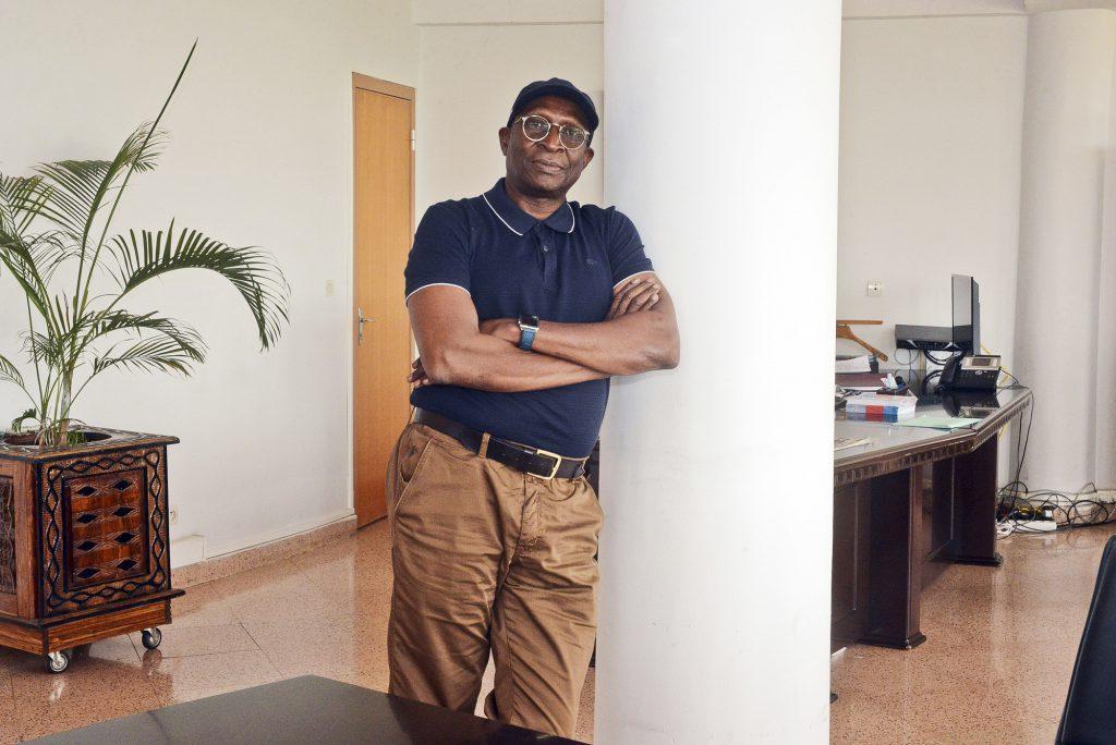 Mamadou Sinsy Coulibaly, dans ses locaux du quartier ACI2000, le 30août.