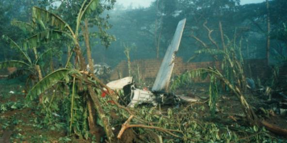 La carcasse de l'avion du président Juvénal Habyarimana, abattu le 6 avril 1994 alors qu'il se préparait à atterrir à l'aéroport de Kigali.