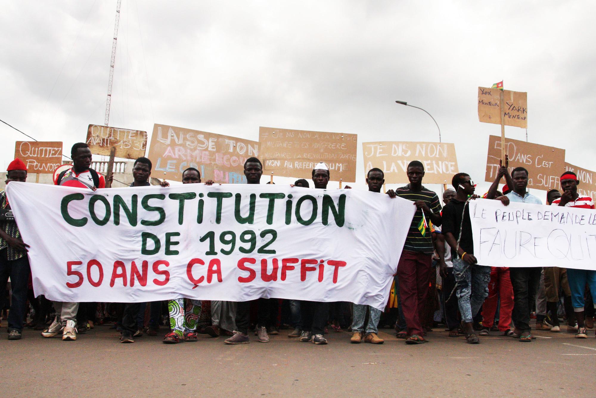 Manifestation contre le président togolais Faure Gnassingbé à Lomé, le 21septembre.