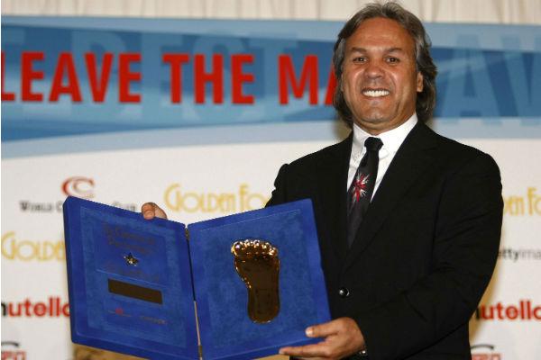 Rabah Madjer, nommé sélectionneur de l'équipe nationale algérienne, en 2011 lors d'une remise de prix à Monaco.
