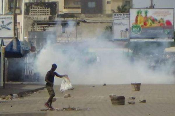 Dans les rues de Lomé, ce mercredi 18 octobre, forces de l'ordre et partisans de l'opposition se sont affrontés toute la journée.