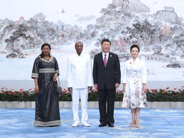 Avec le président chinois XiJinping, lors du sommet des Brics, le 4septembre à Xiamen, en Chine.