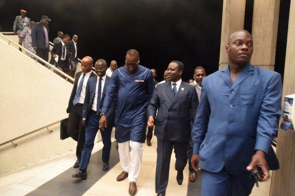 Guillaume Soro à son arrivée à l'aéroport Félix-Houphouët-Boigny, à Abidjan, le 22octobre 2017.