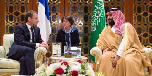 Le président français, Emmanuel Macron, en entretien avec le prince héritier, Mohamed Ben Salmane le 9 novembre 2017 à Riyad.