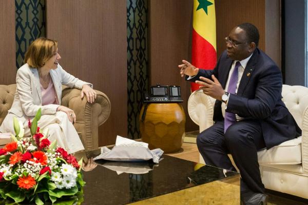 Macky Sall, président sénégalais, lors d'une rencontre avec la ministre française des Armées, Florence Parly, lors du Forum de Dakar.