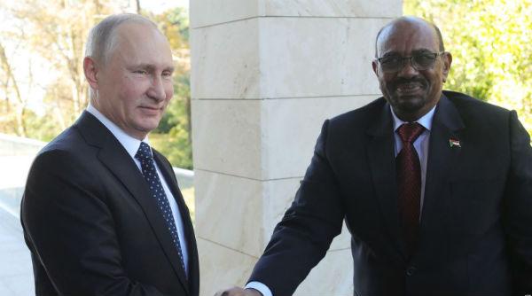 Vladimir Poutine et Omar el-Béchir, le 23 novembre 2017 à Sotchi.