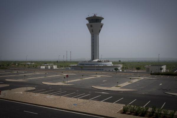 L'aéroport international Blaise Diagne de Dakar a ouvert le 7 décembre 2017.