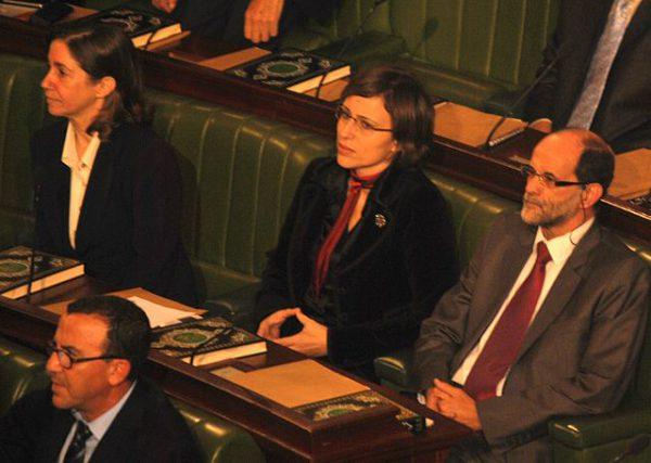 Lobna Jeribi, ancienne du parti Ettakatol a fondé Solidar qui accompagne les processus législatifs avec un soutien aux élus.