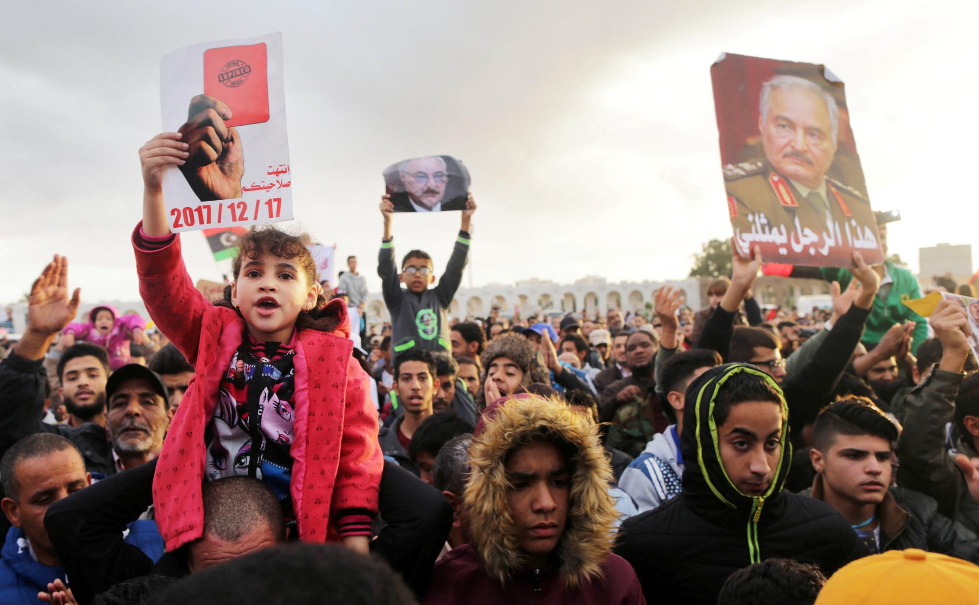 Rassemblement de partisans du maréchal à Benghazi, le 17décembre 2017.