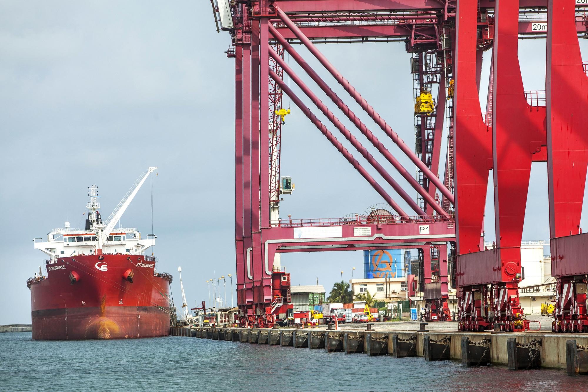 Le port de Cotonou.