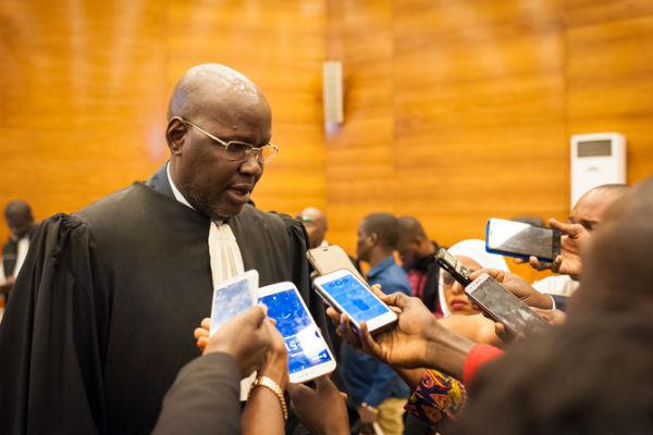 Me Khassimou Touré, avocat de Khalifa Sall, également frère de l'un des prévenus - Mbaye Touré, le 3 janvier au palais de justice de Dakar.