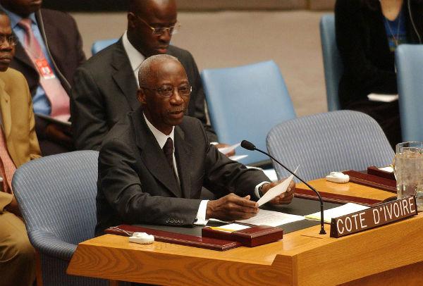 Le Premier ministre ivoirien, Seydou Diarra, s'adresse au Conseil de sécurité au siège de l'ONU, le 25 juillet 2003