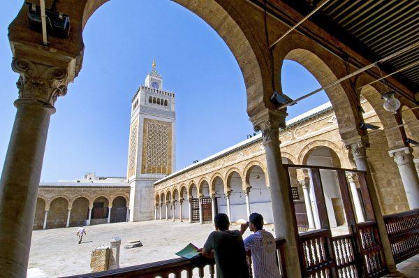 La mosquée Zitouna, ancien siège de l'université du même nom, à Tunis.