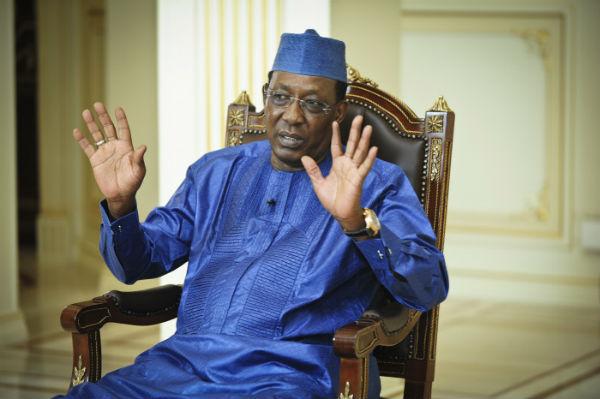 Idriss Déby Itno, président de la République, lors d'une interview avec Jeune Afrique le 18 janvier 2017 au palais présidentiel.