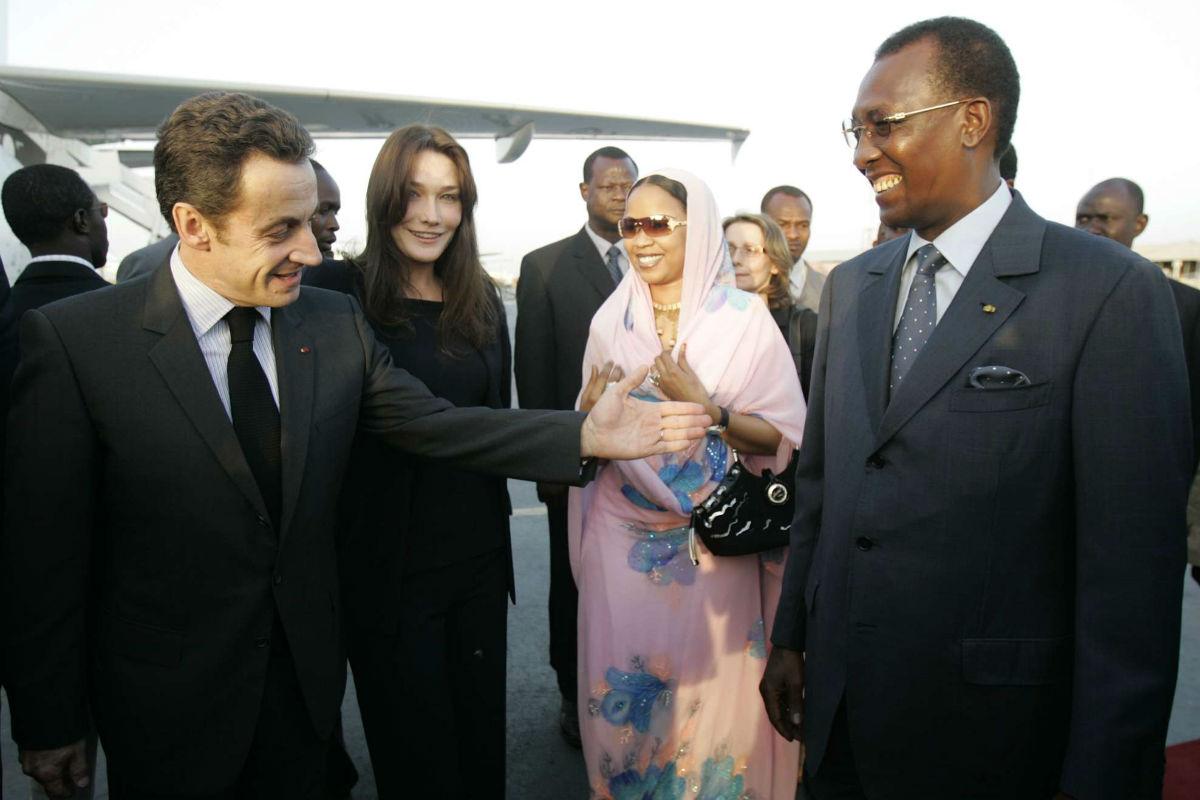 Nicolas Sarkozy et Idriss Déby Itno, le 27 février 2008 à N'Djamena.