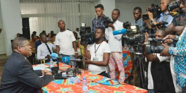 RDC : la très controversée « machine à voter » enfin présentée