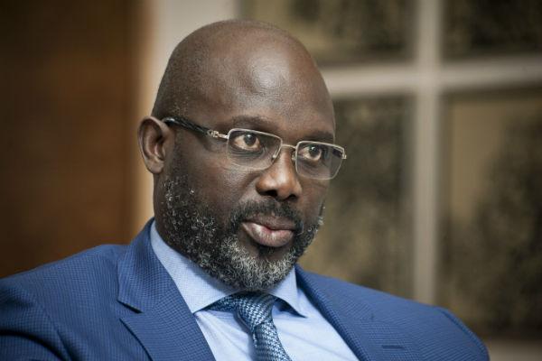 """Enquête sur l'entrée de billets au Liberia : George Weah réclame de la """"patience"""""""