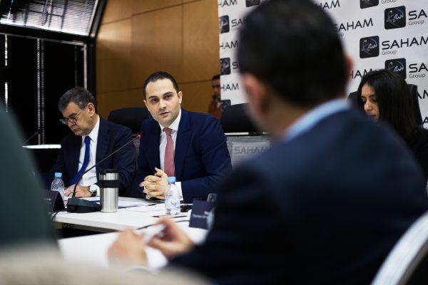 Moulay M'hamed Elalamy (au centre) a repris officieusement les rênes du holding familial