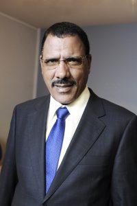Mohamed Bazoum ministre nigérien des Affaires étrangères à Paris, le 28 septembre 2011