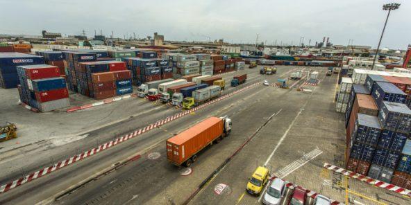 Terminal à conteneurs du Port d'Abidjan, Côte d'Ivoire.