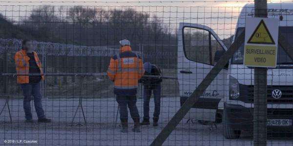 Une distribution de nourriture près de Calais.