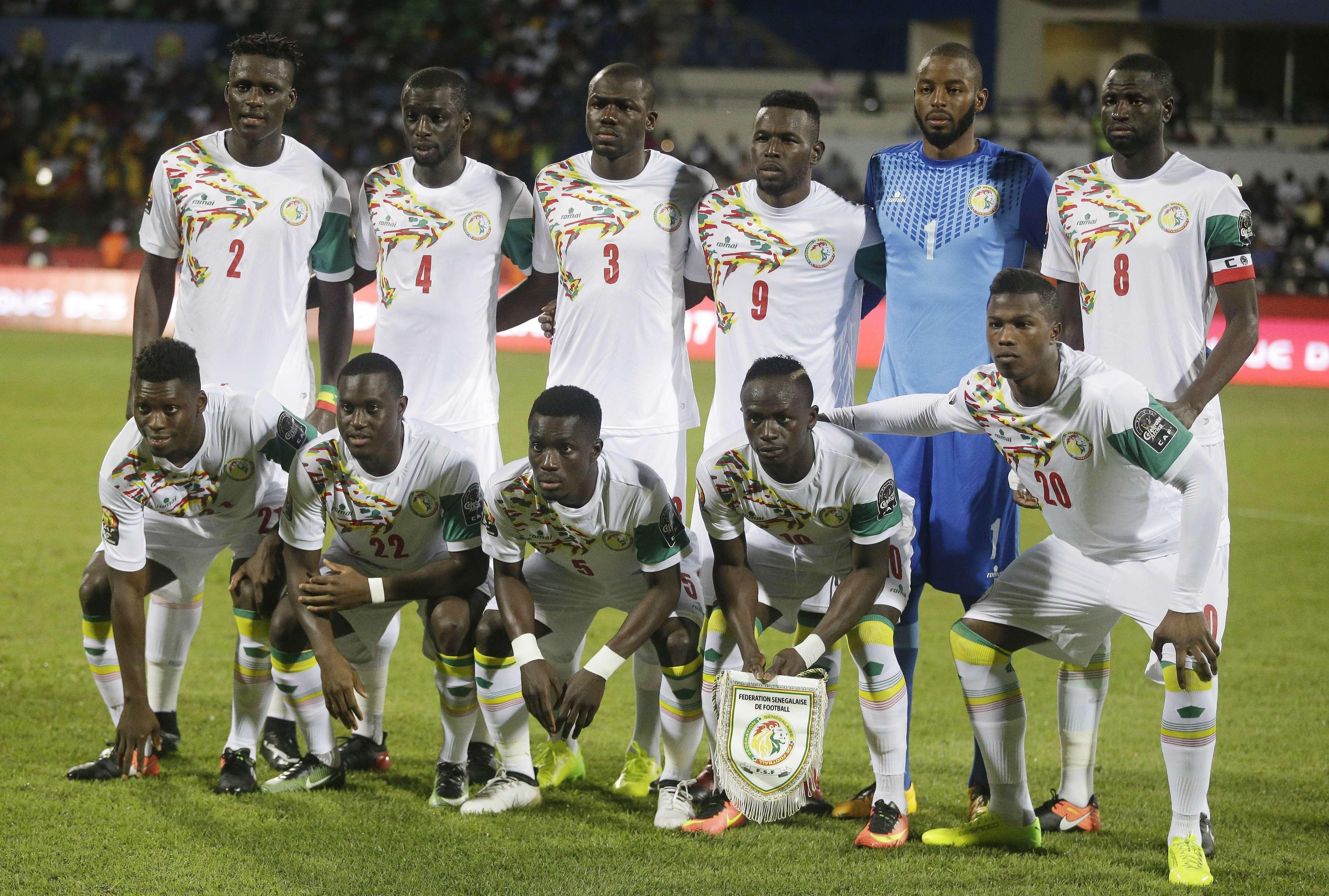 L'équipe de football du Sénégal avant le match du Groupe B de la Coupe d'Afrique des Nations contre le Zimbabwe au Stade de Franceville, au Gabon, le 19 janvier 2017.