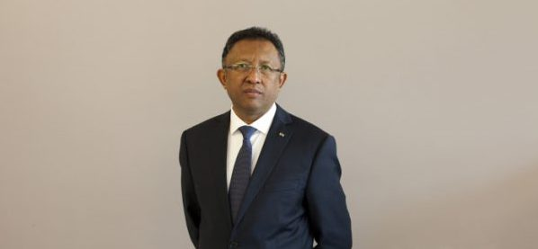 Hery Rajaonarimampianina a été élu à la présidence de Madagascar en 2014.