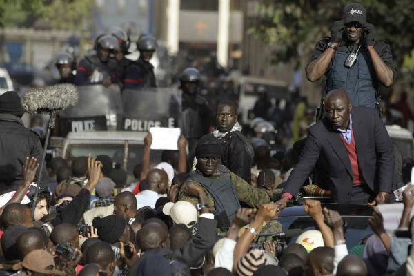 Idrissa Seck, lors de la campagne présidentielle de 2012, se rendant à un meeting à Dakar.