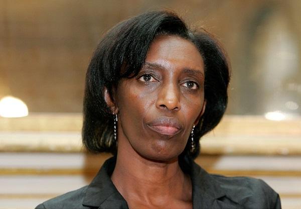Rose Kabuye, ex chef du protocole du  président rwandais Paul Kagame lors d'une conférence de presse à Paris, le 21 novembre 2008.