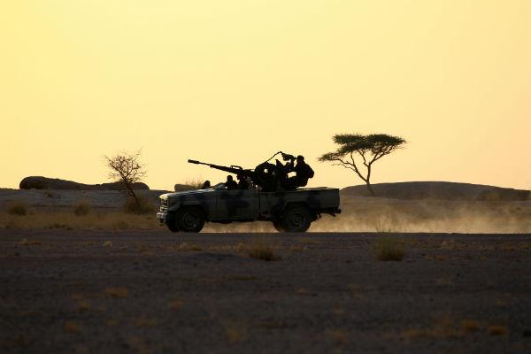 Des combattants du Polisario, à Bir Lahlou, en septembre 2016.