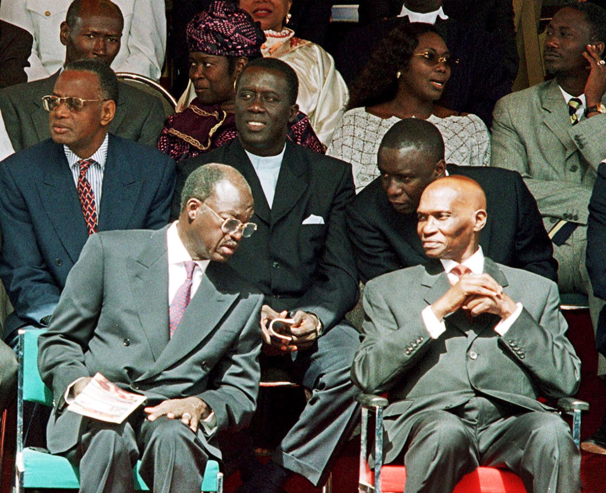 Avec Abdoulaye Wade et Idrissa Seck, le 4avril 2000, à Dakar.