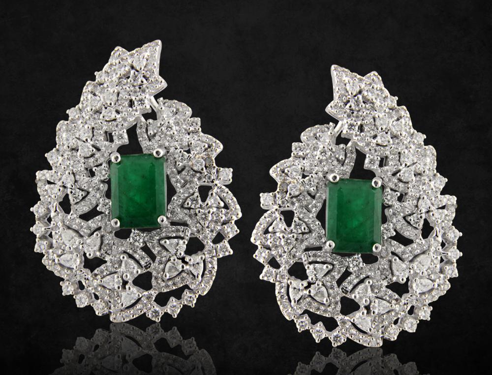Boucles créées par Rita Chraibi, qui a fondé Taj Joaillerie.