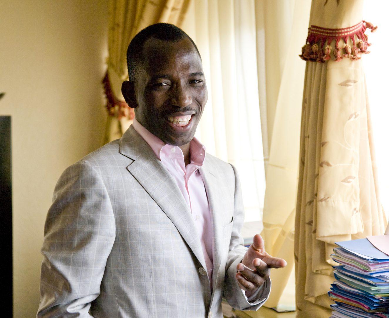 Gilbert Bawara (Togo), Ministre de la Coopération, du Développement et de l'Aménagement du territoire, à son bureau (Ministère de l'Economie et des Finances), à Lomé, Togo © Frédérique Jouval/Picturetank pour JA
