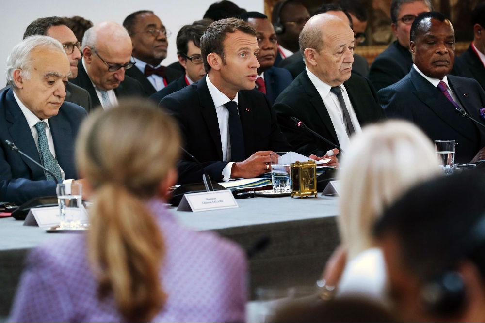 Ghassan Salamé, Emmanuel Macron, Jean-Yves Le Diran et Denis Sassou Nguesso, lors des discussions à l'Élysée sur la crise libyenne, mardi 29 mai 2018.