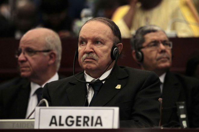 Algérie : retour sur les dernières heures d'Abdelaziz Bouteflika au pouvoir