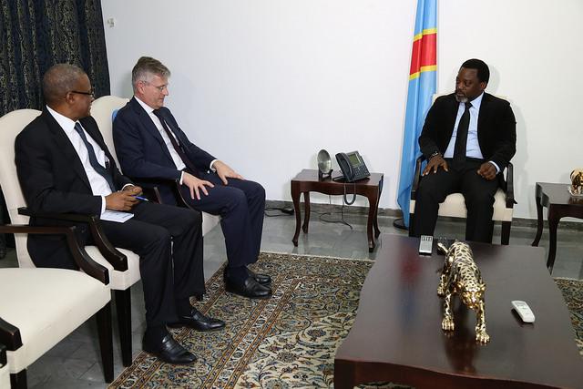 Le chef des opérations de maintien de la paix de l'ONU, Jean-Pierre Lacroix, avec le président de la RDC, Joseph Kabila, le 16 juin 2017.