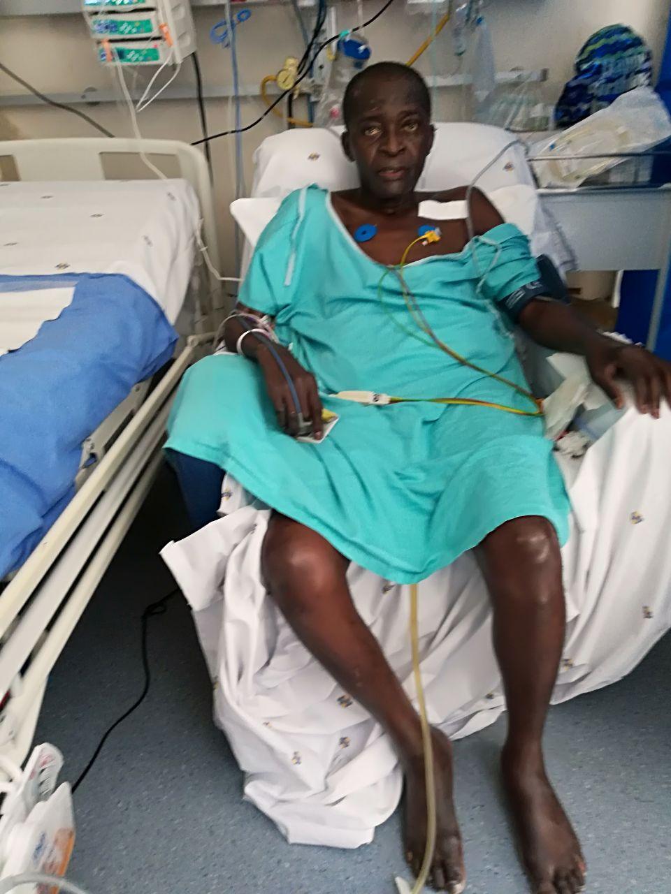 Le juge congolais Jacques Mbuyi pendant son hospitalisation en Afrique du Sud.