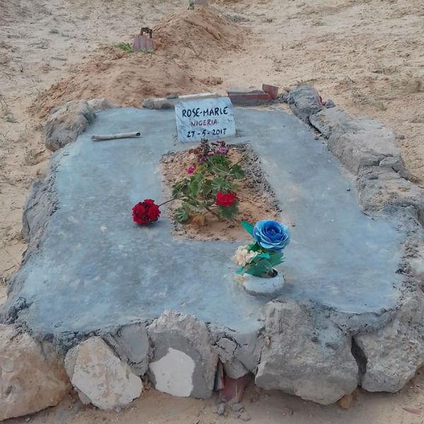 La tombe de Rose-Marie, du Nigeria, à Zarzis, dans le cimetière des inconnus.