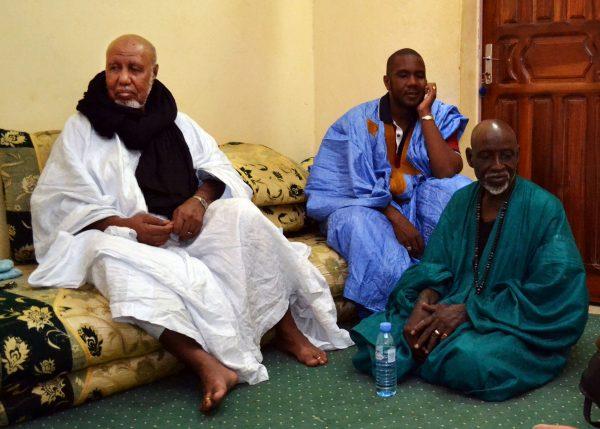 Le chérif de Nioro (à gauche) est considéré comme la figure religieuse «historique» du pays