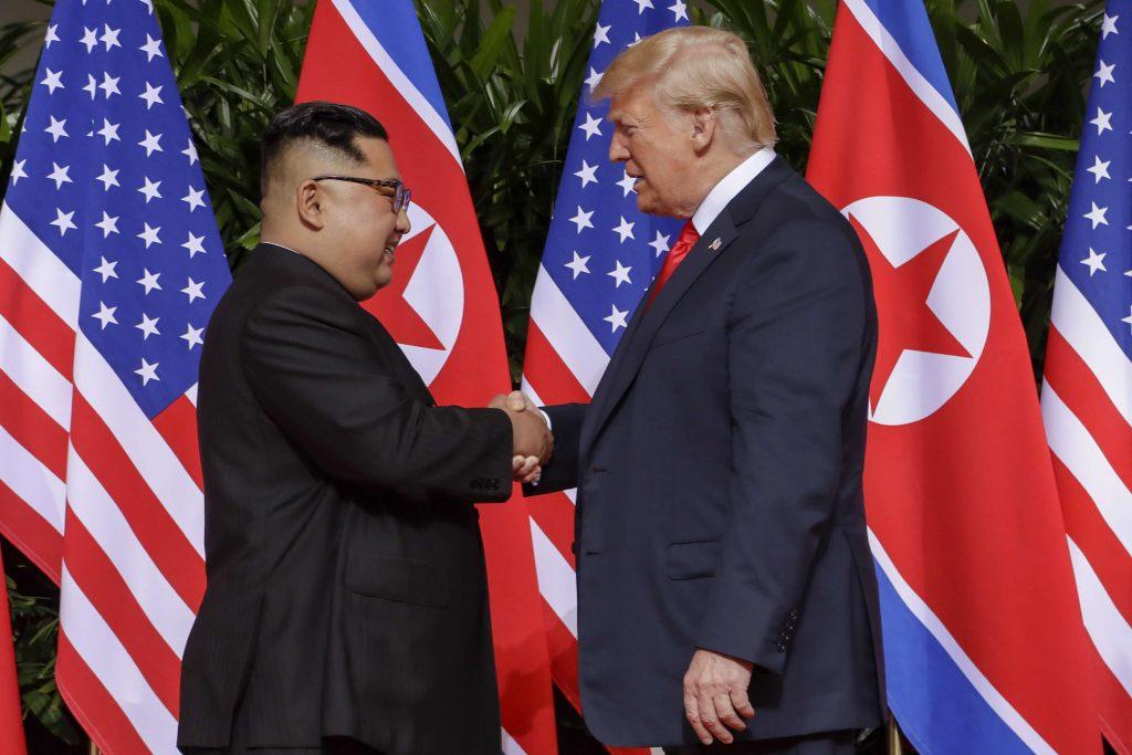 Le sommet entre Donald Trump et Kim Jong-Un, le 12 juin 2018, à Singapour.
