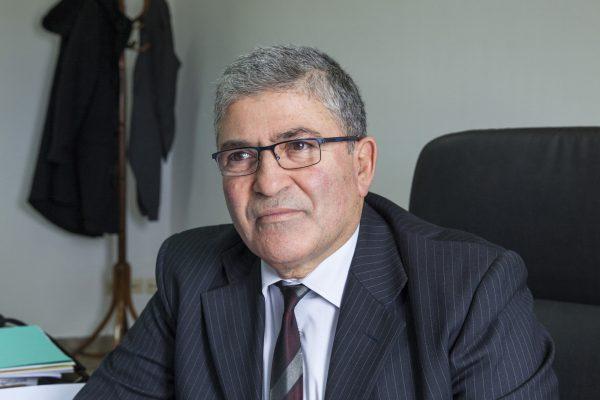 Kamel Akrout, Conseiller à la Défense du Président Béji Caïd Essebsi, dans son bureau du Palais de Carthage ,  à Tunis, le 2 février 2015,