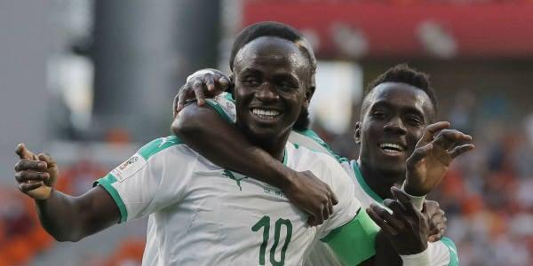 L'attaquant sénégalais Sadio Mané célèbre son but face au Japon lors de la phase de poules du Mondial en Russie, le 24 juin 2018.