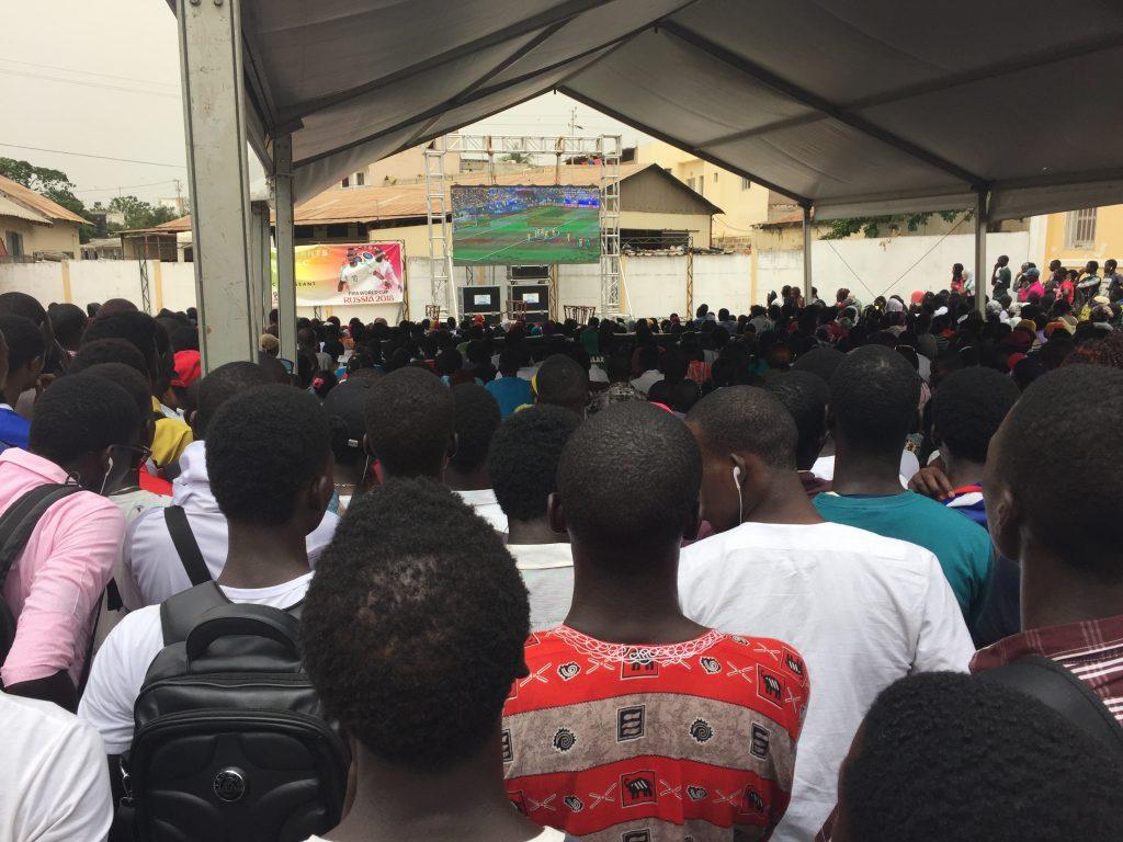 Les étudiants de l'université Cheikh Anta Diop (UCAD) durant le Mondial 2018.