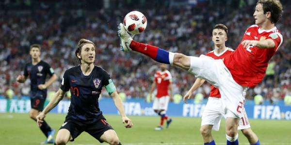 Le génial milieu de terrain croate Luka Modrić, ici contre la Russie, le 7 juillet 2018, lors du Mondial en Russie.